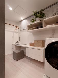 使い勝手のよい洗濯家事コーナー